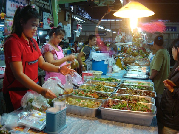 Kha Jao Market, Chiang Mai, photo courtesy Dropout Diaries
