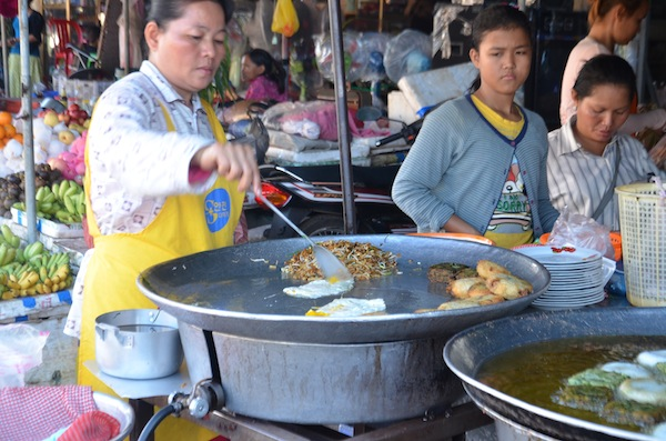 Street food in Cambodia, photo courtesy Dropout Diaries