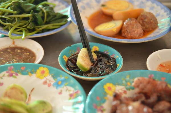 Quick Guide To Central Vietnamese Cuisine, photo courtesy Dropout Diaries