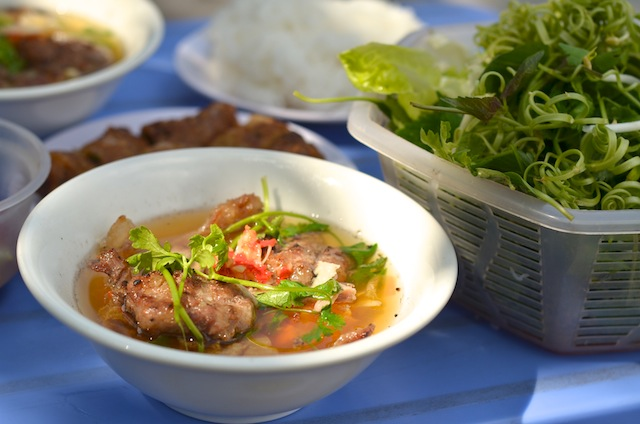 Food File: Bun Cha Ha Noi - The Dropout Diaries